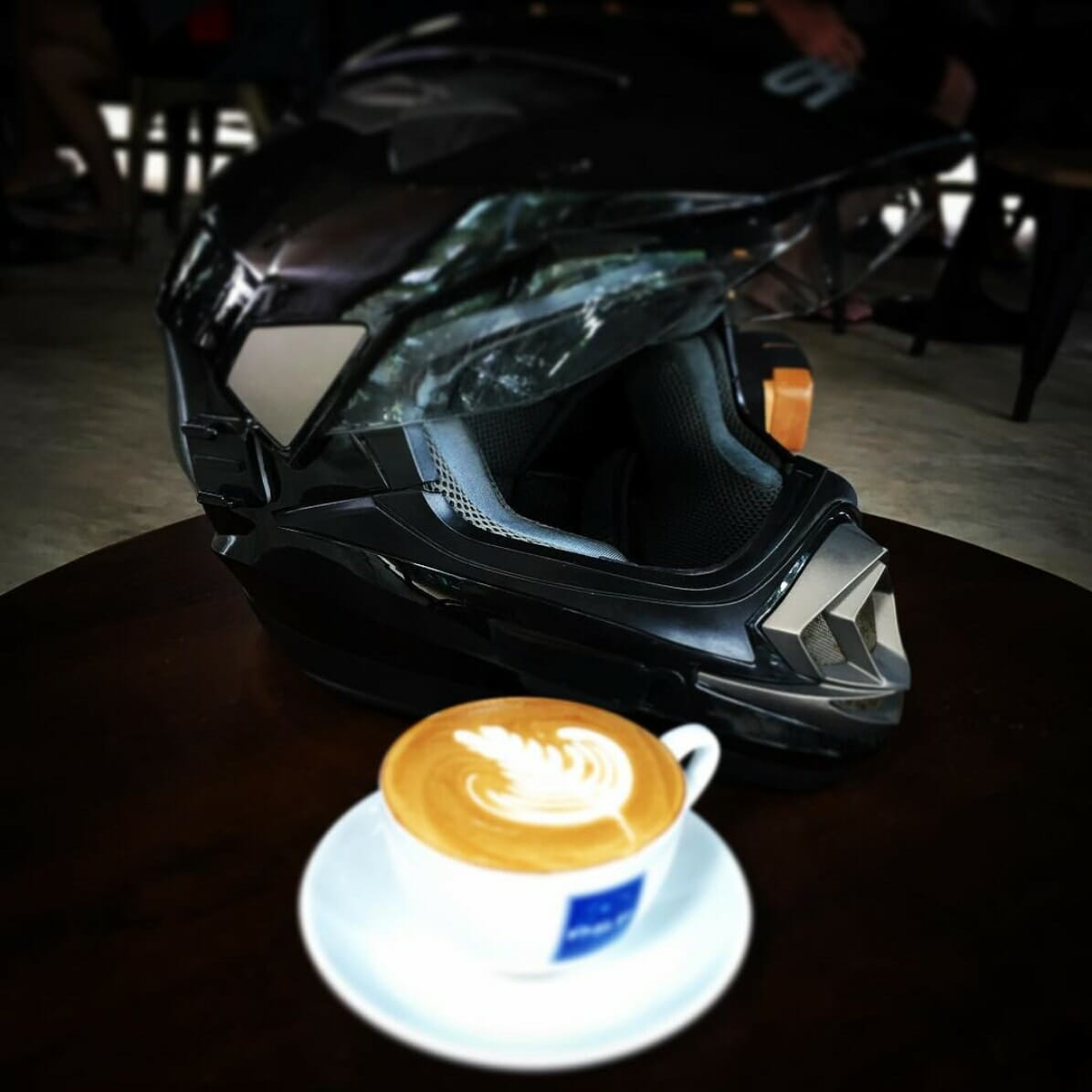 186 Cafe&Bar