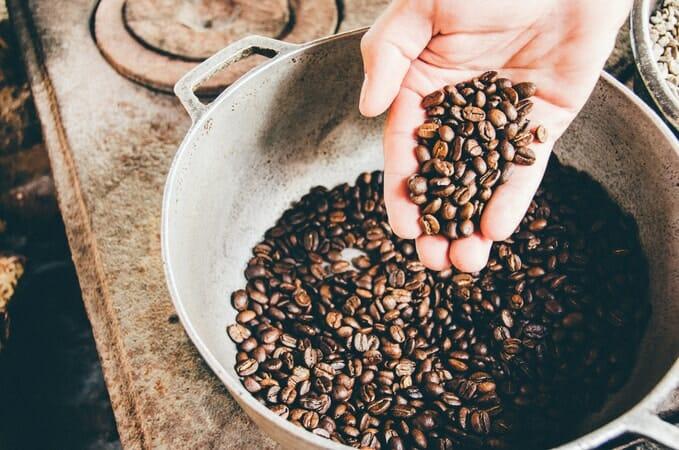How Long Do Coffee Beans Last? - Coffee Geek [2021 Update]